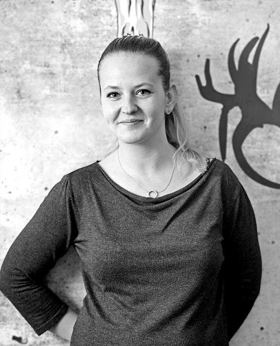 Ivana Pěkná, Administrátorka